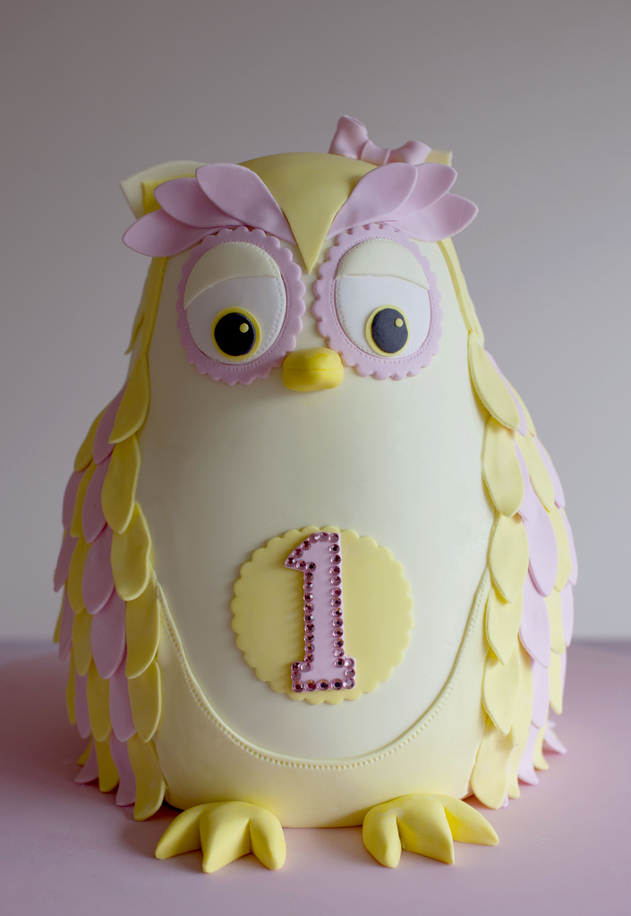 An owl for TIa's 1st birthday